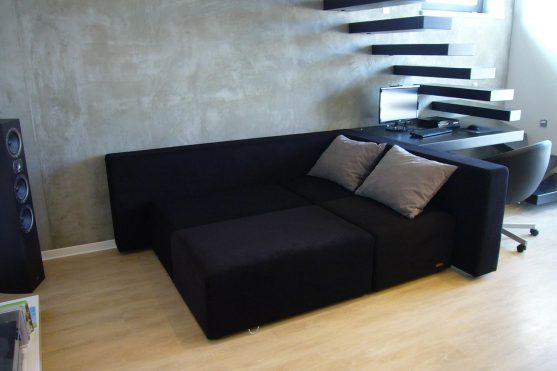 Moderní sofa svariabilním řešením